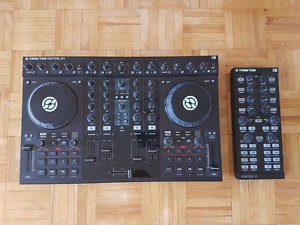 Traktor S4 Native Instruments and Kontrol X1