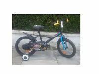 BOYS BIKE with a Pirate design. Excellent condition - as good as new!