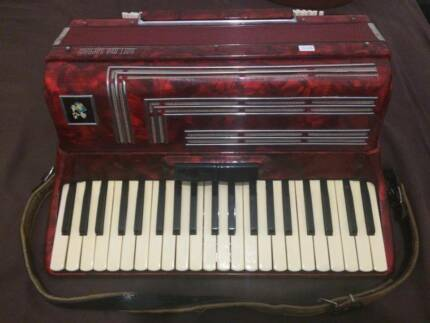 Piano Accordion 120 Bass Hampstead Gardens Port Adelaide Area Preview
