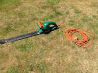 BLACK & DECKER. GT25 HEDGE TRIMMERS.
