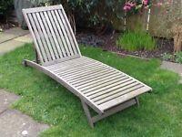 Teak garden lounger/steamer chair