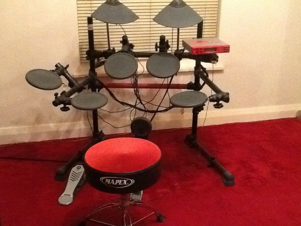 Yamaha DTxpress II electronic drum kit  43c0c2999