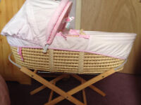 HUGS AND KISSES PINK MOSES BASKET AND STAND
