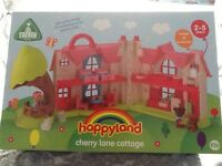 EARLY LEARNING CENTRE HAPPYLAND ROSE LANE COTTAGE. NEW.