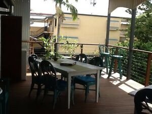 Groovy one bedroom Highgate hill includes all bills and wifi Highgate Hill Brisbane South West Preview