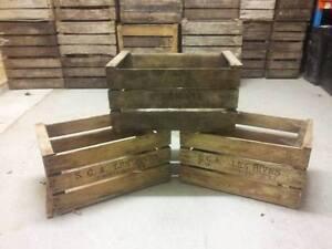 vintage wooden pre war apple fruit crates rustic old bushel box shabby chic ebay. Black Bedroom Furniture Sets. Home Design Ideas