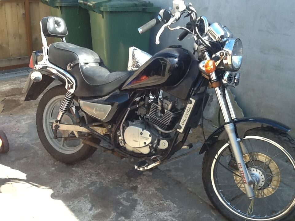 hyosung ga 125 cruise 2 for parts needs work in. Black Bedroom Furniture Sets. Home Design Ideas