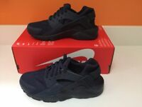 Brand new - Nike Huarache run trainers - Navy - Size 5.5 UK