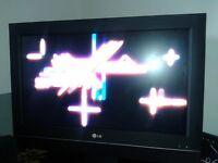"LG TV 26"" + gift Sony Vaio laptop (non working)"
