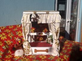 Perfect Christmas gift. Four poster bed for your special pet