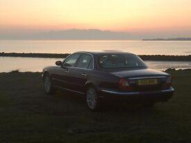 Future classic, last of the true Jaguar body shapes. Jaguar XJ8, 3.5 petrol