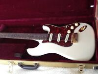 Electric guitar custom built by ian rose - new with tweed case