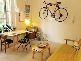 Workspace, studio, desk, office - bright workspace, wifi, kitchen and WC, self contained workspace