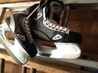 ice Skateing boots size (8)