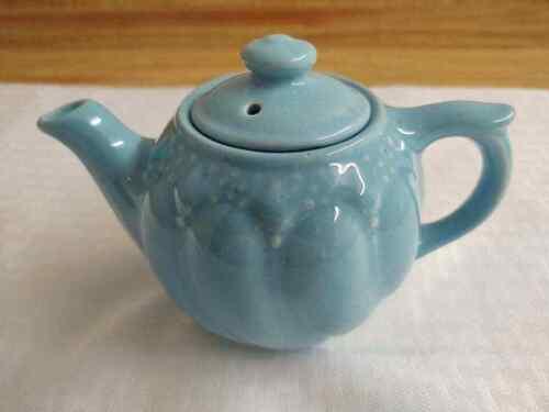 McCoy? pottery mini teapot, light blue raised design.
