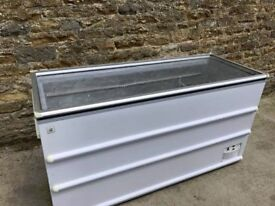 chest freezer unit with glass top
