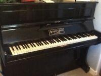 Free black upright piano