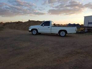 2004 Toyota Hilux Ute TURBO 3RZ 3RZFE Collingwood Park Ipswich City Preview