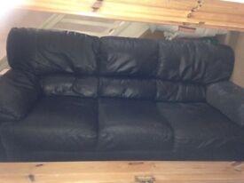 Suite black leather 3 & 2