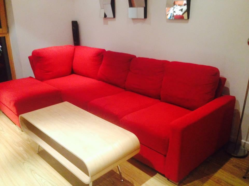 Amazing red corner sofa bed with storage space and double for Sofa bed gumtree london