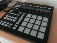 Native Instrument Maschine mk2 WITH SOFTWARE