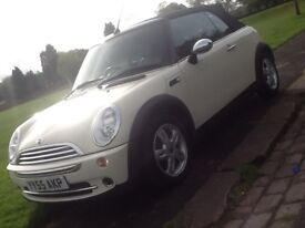 2006 MINI ONE 1.6 CABRIOLET CONVERTIBLE WITH LEATHER AND 12 MONTHS WARRANTY INCLUDED AND FSH!!!