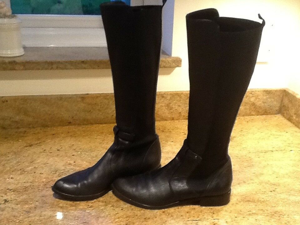Ladies boots size 6 half worn once