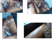 LOVELY TAN DFS 3 SEATER AND 2 SEATER LEATHER SOFAS ULTIMATE COMFORT AND VERY MODERN DESIGN