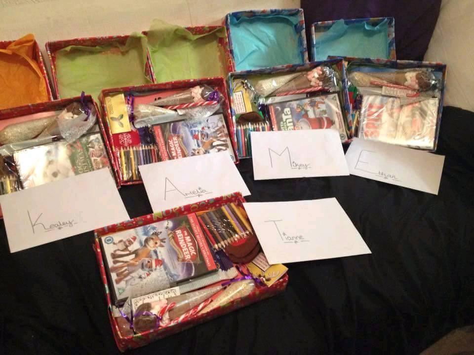 £10 Christmas eve box