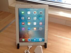 iPad 2 32GB Wifi + 3G Unlocked