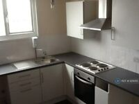 1 bedroom flat in High Street, Middlesbrough, TS6 (1 bed) (#1214010)