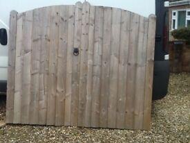 Wooden garden gates, good condition includes ironmongery