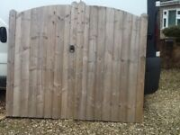 Wooden garden gates, good condition includes ironmongery