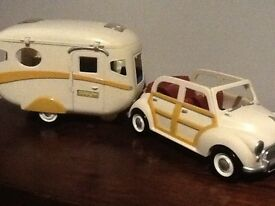 Sylvanian Families Car with Caravan