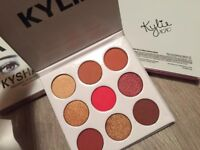 Kylie Jenner Eyeshadow Palette - 'THE BURGUNDY PALETTE'