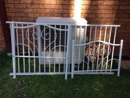 White heart bed frame  Wauchope Port Macquarie City Preview