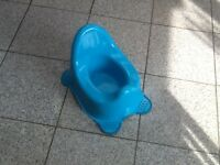 Childs potty -£3