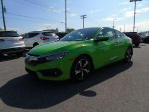 Honda Civic Coupe Touring 2 portes CVT un seul proprio de 75 ans