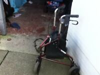 MOBILITY WALKER ROLLATOR WITH 3 WHEELS