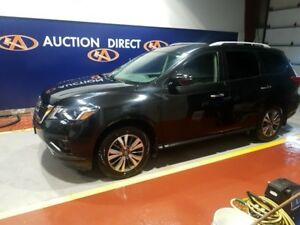 2017 Nissan Pathfinder SV SV 7 PASSENGER! AWD! BACK UP CAM!