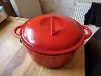 go cook cast iron 28cm stockpot rrp £60