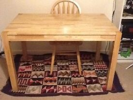 Table in great condition for sale