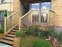 Balustrade Balustrading solid wood with handrail, baserail and spindles