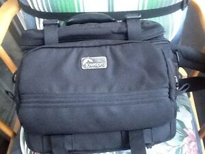 """28"""" Luggages & other travel hand bags"""