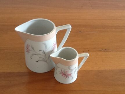 Small China Jugs x 2 Taren Point Sutherland Area Preview