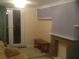 2 bed garden flat to rent with patio area and parking for one car close to all amenities