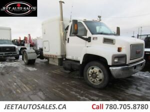 2007 GMC C 7500 Topkick Sleeper Cab & Chassis CPE winch 5th Hitc