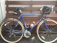 Touring Bike, excellent condition