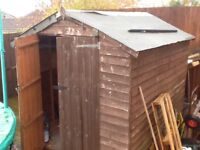 Shed 8ft X 6ft good condition but acrylic windows cracked