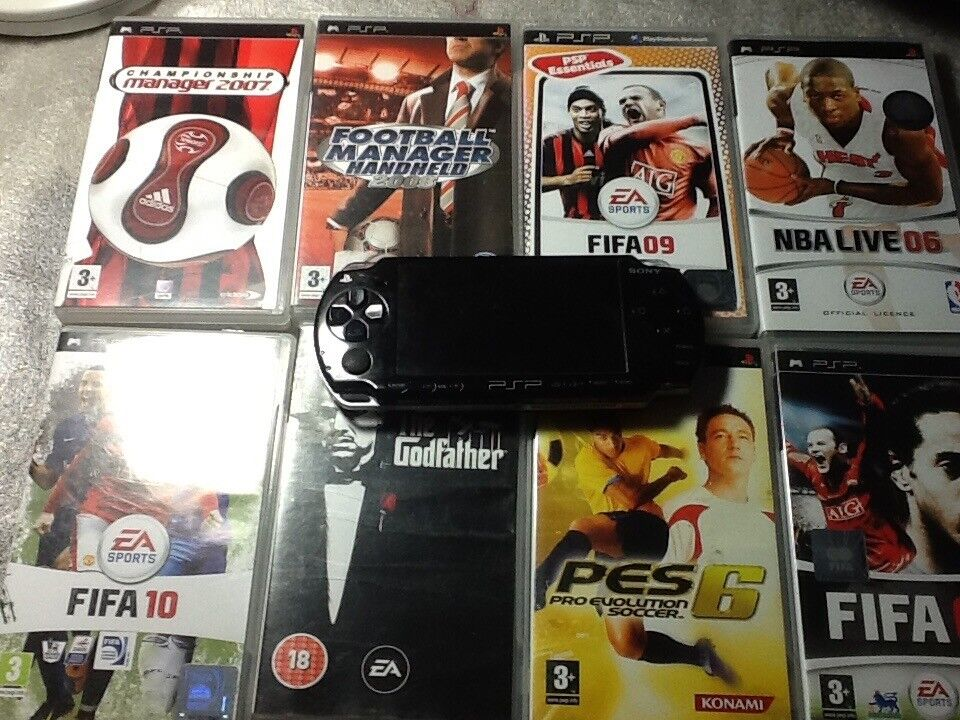Psp very good working with 10 games and charger